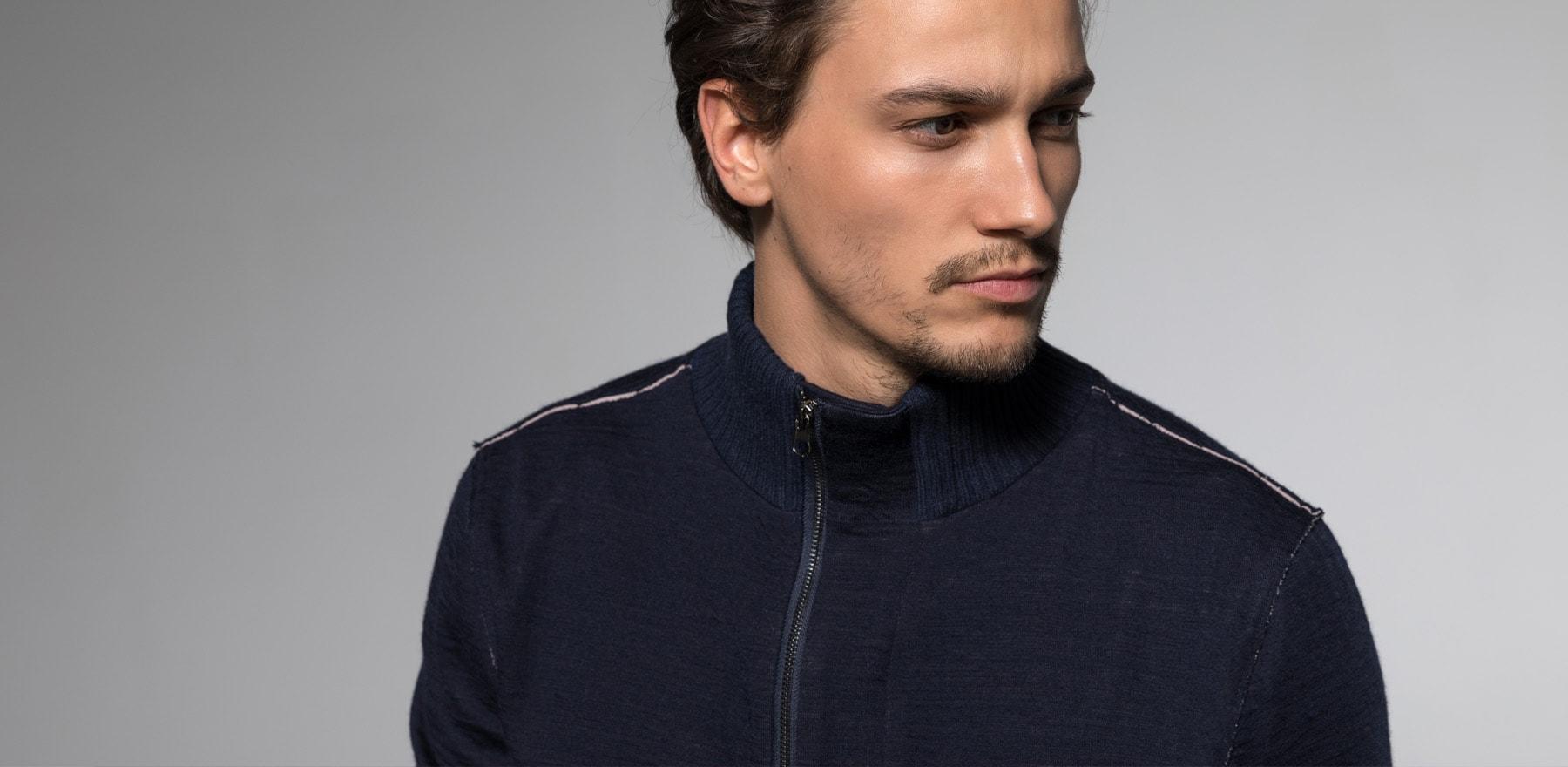 DRAKEWOOD Sweatshirt